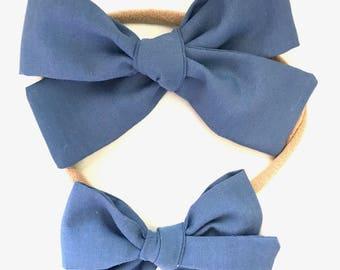 Sloane bow || Barely Navy