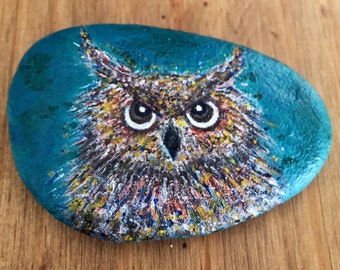 Owl Art / Hand painted rocks Hand painted stones Handmade gift Sea stone Unique gift Miniature art.