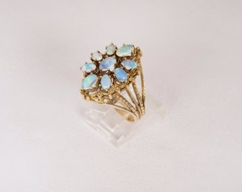 14K Yellow Gold Opal Ring, 7.7 grams, size 8