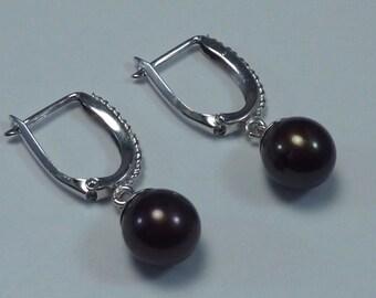 14K White Gold J-Hoop Earrings with Black Pearls