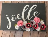 Personalized Name Sign with Felt flowers - Customized Sign - Nursery Decor - Home Decor
