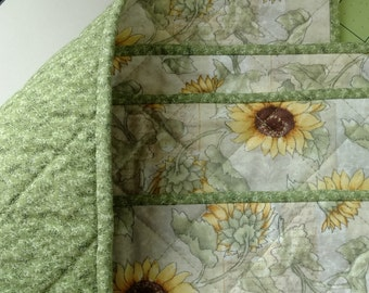 Quilted Placemats; Sunflower Quilted Placemats; Sunflower on Light Sage Green Quilted Placemats