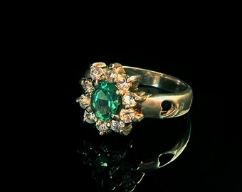 Columbian Emerald Silver Ring