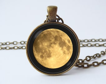 Full moon necklace Full moon pendant Moon jewelry Moon jewellery Moon necklace Outer space necklace Galaxy jewelry Solar system Universe