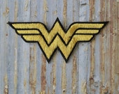 Wonder Woman Gold Thread Signia W Letter  Retro Iron On Sew On Patch Patches Badge Clothing Hat Bag