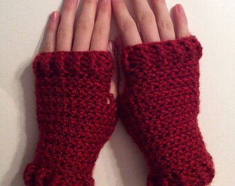 Simple Red Fingerless Gloves