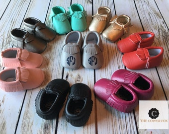 Custom Baby Moccasins, Crib Shoes, metallic moccasins- these run large please check measurments in description