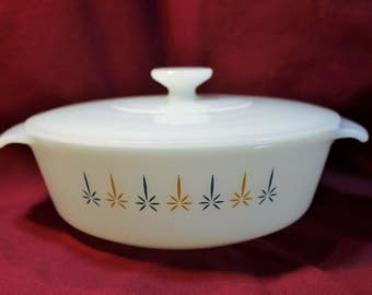 Vintage Fire King Anchor Hocking Candle Glow 1 quart Casserole dish with Lid, White Milk Glass with Blue Gold Design
