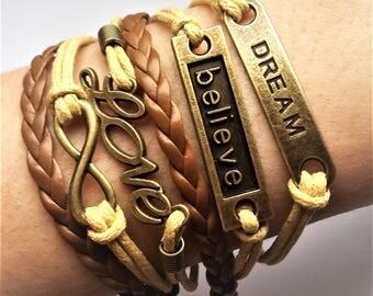 Love Leather Bracelet. Model: 0002
