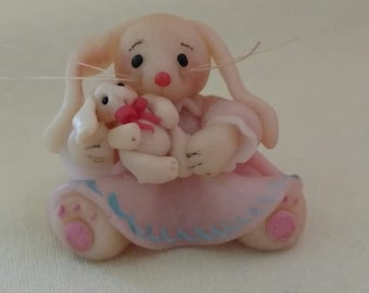 Vintage miniature 1985 LLA rabbit with baby bunny