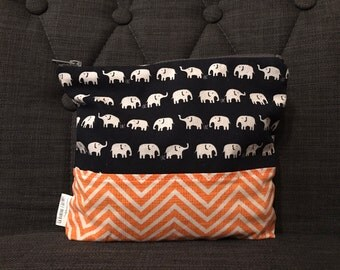 ELEPHANTS / toiletry bag, cosmetic bag, makeup, portable!