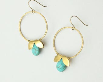 Faceted Turquoise Howlite with Brass Petals on a Hammered Brass Hoop Earrings