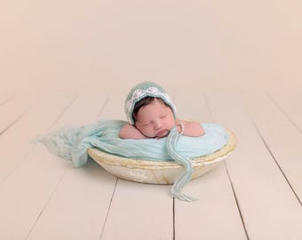 Newborn Flower Bonnet - Photography Prop