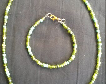 Green Beaded Necklace & Bracelet Set