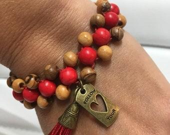 Bracelet tasel Bohemia adjustable red howlite and olive wood