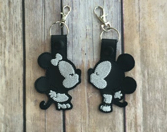 Mickey and Minnie Kissing Key Fobs. Bag Tags Keychain
