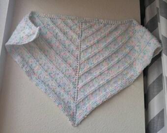 Handknitted shawlette