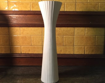 """Mid century modern Rosenthal studio line Acropoli matte white 11"""" vase with stucture"""