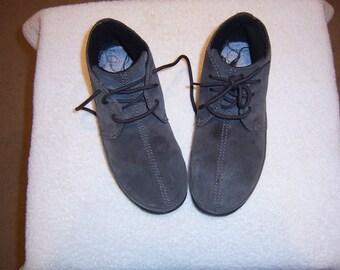 Men's ankle chukka boots