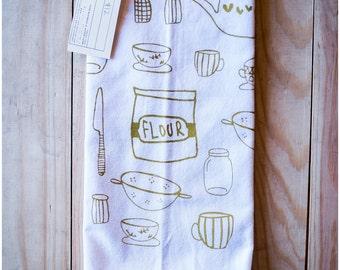 kitchen towel || olive gold ink