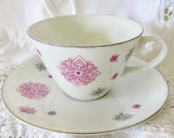Shafford Porcelain Teacup and Saucer Hand-Painted Atomic Pattern Made in Japan