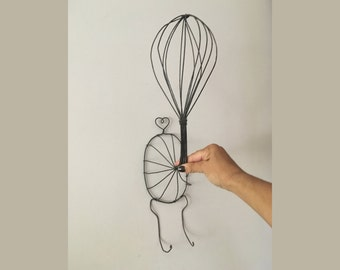 Vintage Wire Hat Stand // Wall Hanging Hat Stand