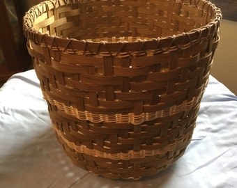 Wicker wastebasket
