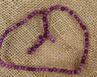 "16"" Strand of 3mm Purple Glass Beads - Estate Sale - # 588"