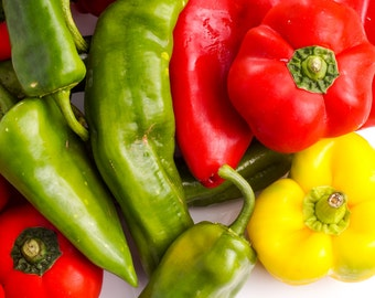 Rainbow Pepper 50 Seeds, Mixed colours&sizes,many varieties in 1 Packet! ORGANIC