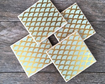 Mint Green and Gold Scallop Shell Pattern Ceramic Coasters