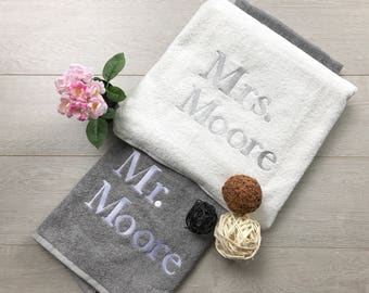 Mr and Mrs Towel Set - Wedding gift, Anniversary Gift