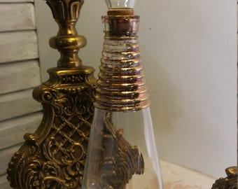 1 Minimalist Style Liquor Decanter with Cork Lined Top