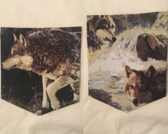 Wolf in River Print Short Sleeve Crew Neck Pocket T-Shirt