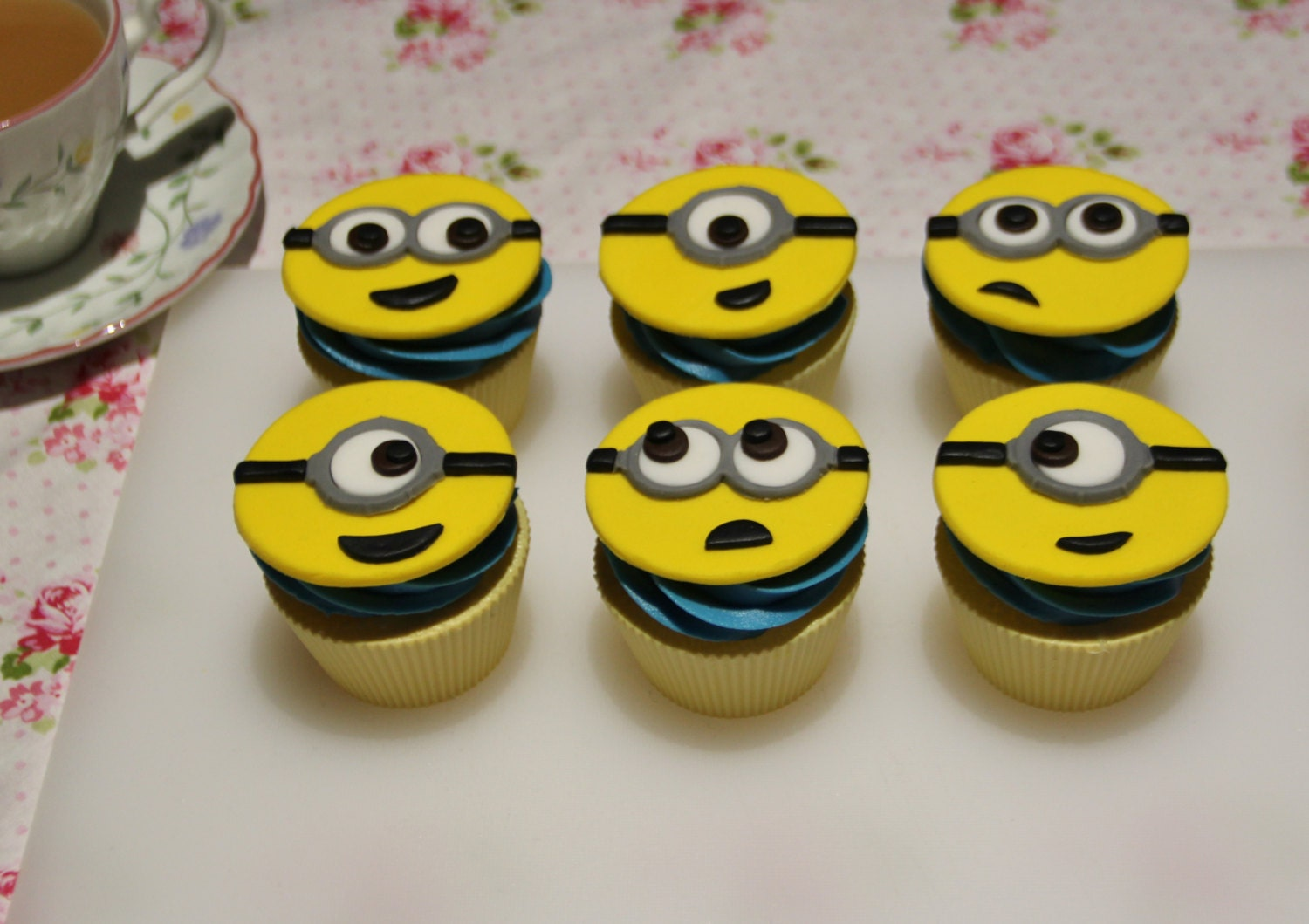 Minion Wedding Cake Toppers Canada