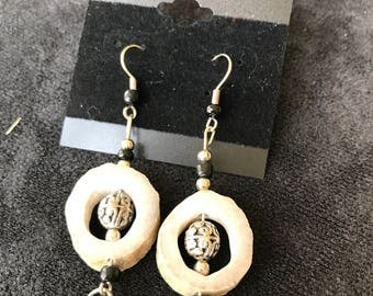 Silver Design Spheres with White Circles