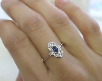 18K solid gold oval sapphire and diamond art deco ring