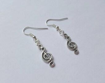 Clef earrings