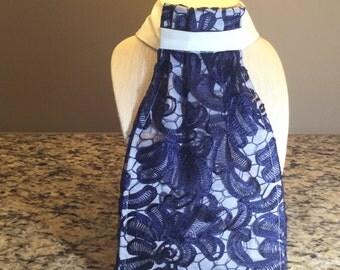 Navy Lace Stocktie