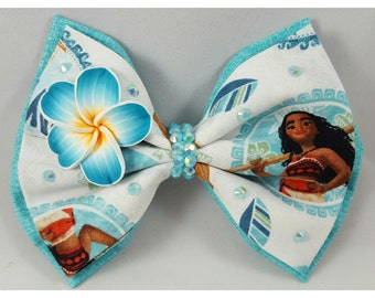 Moana way finder inspired bows