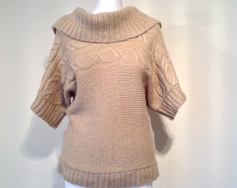Woman retro style jumper beige knitwear