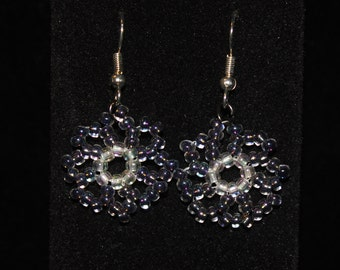 Variegated Blue daisy earring and bracelet set