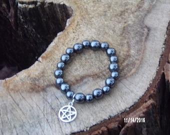 N402 Black Glass bracelet with Metal star charm