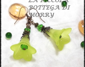 Earrings inspired by the fairy woods with lucite flowers
