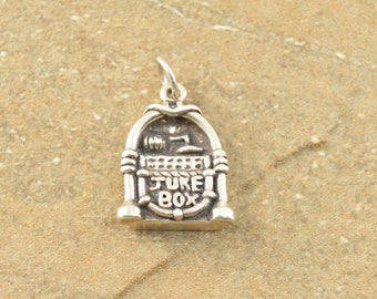 Vintage Style Juke Box Music Player Charm / Pendant Sterling Silver 4.1g