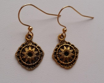 Antiqued Gold Drop Earrings  (E14-104)