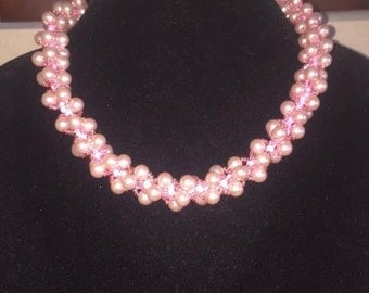 Handmade pink pearl necklace