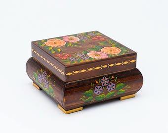 Vintage wooden box, Decorative wooden box, jewelry box, wooden trinket box, storage box,  jewellery box, floral decoration, wooden box