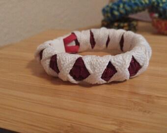 Katana Wrap White on Red 550 cord Bracelet