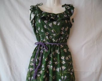 Vintage Belted Green Flower Print Saffron,Crocuses Ruffled Sleeveless Summer Dress 90s  with Shoulders Ribbon