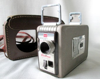 Kodak Brownie II 8mm Movie Camera, Case, Vintage 1950s 8 Millimeter Film Movie Camera, Midcentury Photography Collectible Movie Camera 260